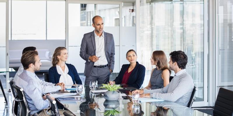 4 Tips untuk Mengadakan Rapat yang Efektif
